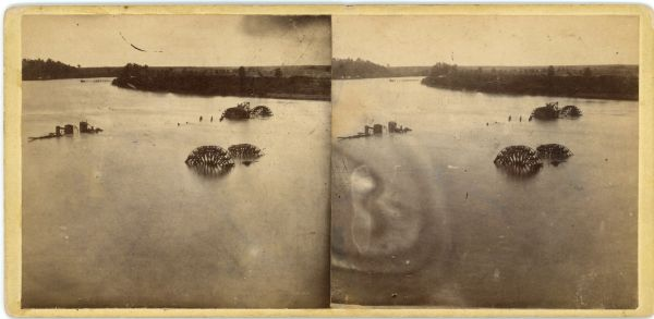 Steroview of Confederate Water Batteries on James River