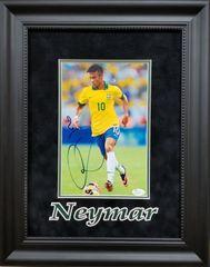 Neymar signed 8x10 photo