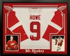 "RED WINGS GORDIE HOWE ""MR HOCKEY"" SIGNED JERSEY FRAMED"