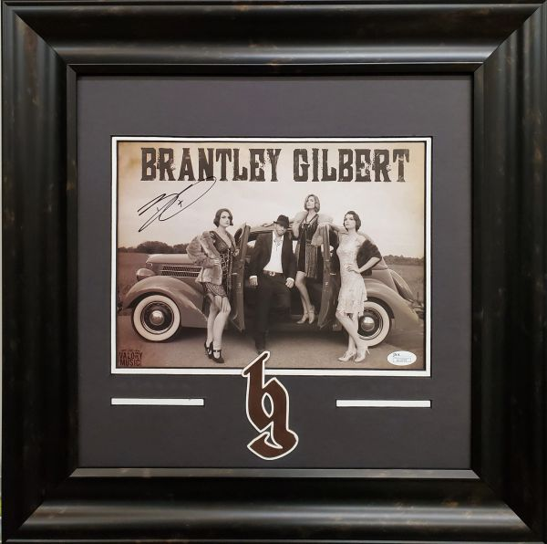 Brantley Gilbert Signed 8x10 Photo