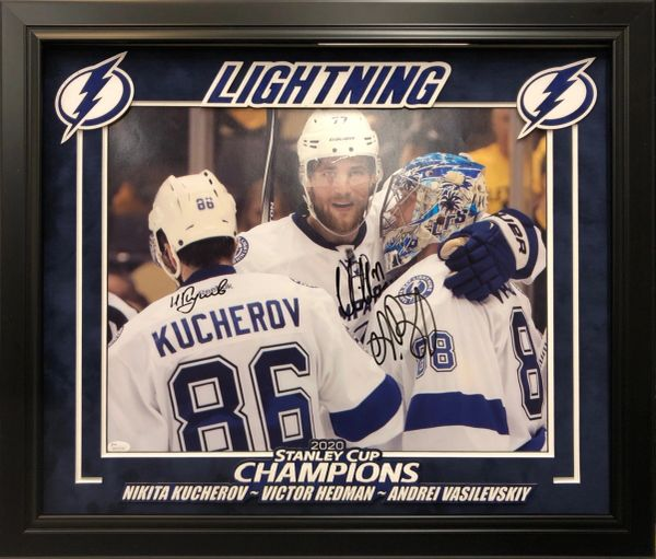 TAMPA BAY LIGHTING TRIPLE SIGNED 16X20 PHOTO 2020 STANLEY CUP CHAMPIONS