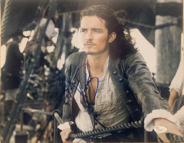 "ORLANDO BLOOM ""WILL TURNER"" PIRATES OF THE CARIBBEAN SIGNED 11X14 PHOTO"