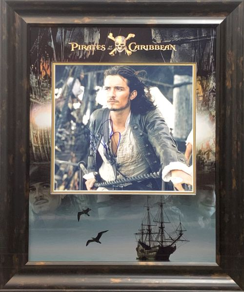 """ORLANDO BLOOM """"WILL TURNER"""" PIRATES OF THE CARIBBEAN SIGNED 11X14 PHOTO"""