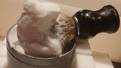 Men's Shaving Soap - Sandalwood (4 oz)