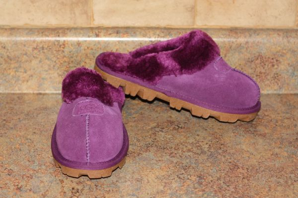 Ugg Australia Plum Classic Short Shoes/Slippers