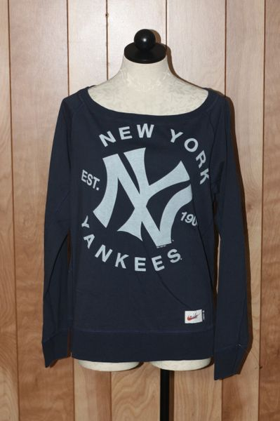Women's New York Yankees Long Sleeve Tee-Shirt