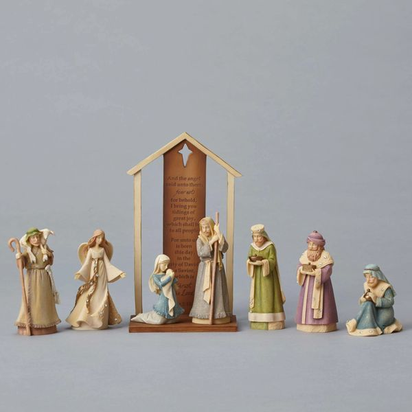 Foundations Nativity 8 Piece Set 4053520