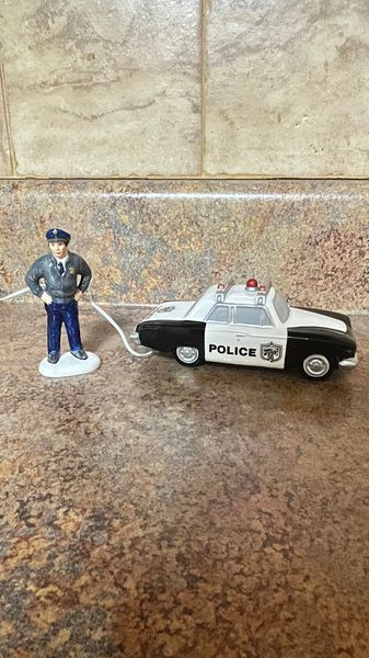 Department 56 On The Beat 56.55119
