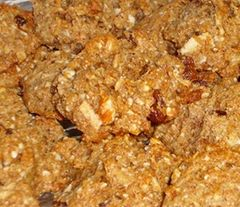 APPLE OATS AND COCONUT COOKIES