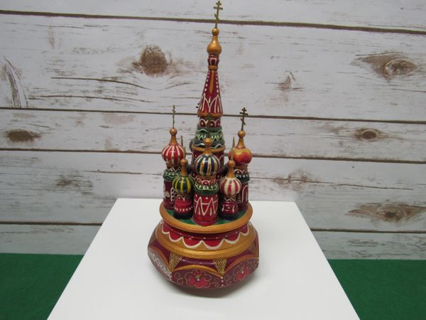 St Basil's Cathedral Music Box Round Base