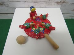 Russian Pecking Hens Toy