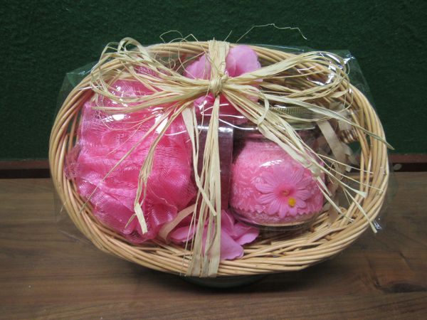 Plumaria Bath Basket