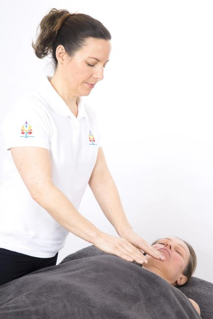 Reiki clare arnold therapies. Reiki south queesnferry
