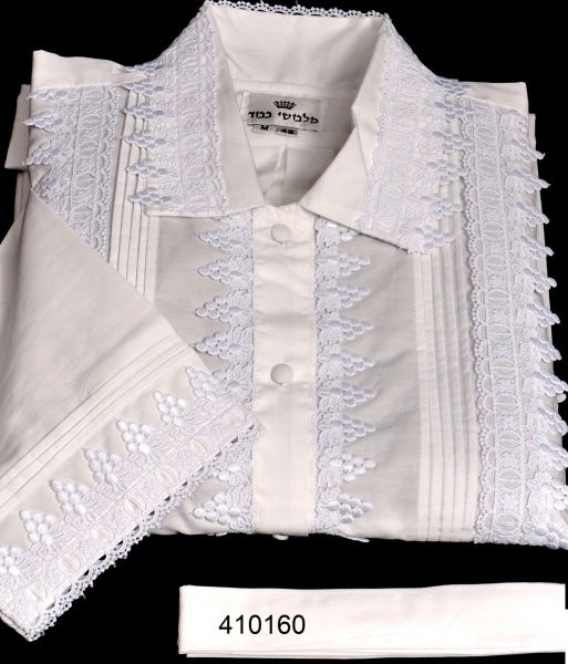 FULL CUSTOM DESIGNED KITTEL WITH PLEATS AND LACE / KITTEL 410160 FULL LACE OF SMALL GRAPES