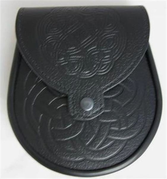 Leather Sporran with Embossed Front and Snap