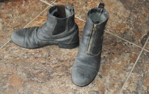 Ariat zip paddock boots, size 5
