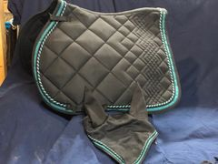 Saddle pad and bonnet combo