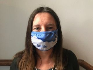 Joanna wearing her SmileClouds face mask.