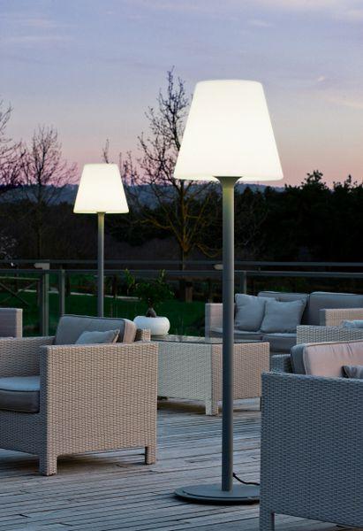 EOS Outdoor Floor Lamps