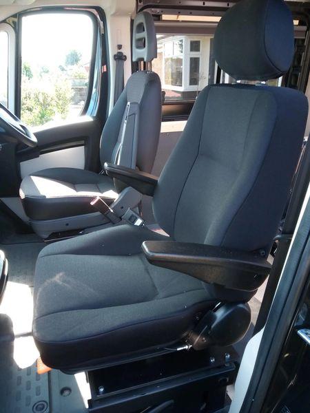 New model Mercedes Sprinter w 907 driver passenger single seat seats