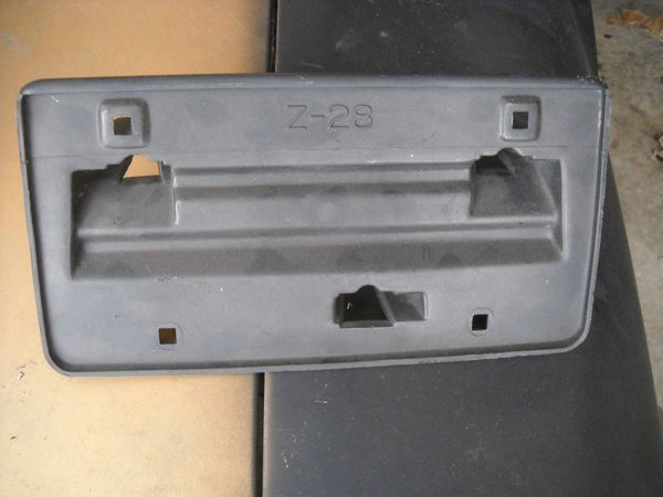 Factory License Plate Bracket Front Bumper 85 92 Camaro