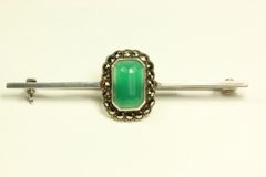 Silver jade and marcasite stock pin