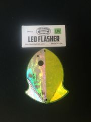 Small Leo Flasher Silver Frost on Chartreuse