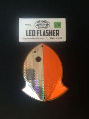 Small Leo Flasher Silver Snakeskin on Orange