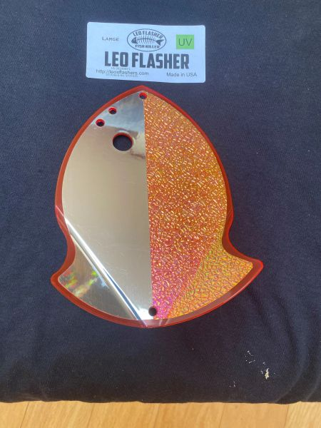 Large Leo Flasher Chrome / Crushed Pearl on Pink