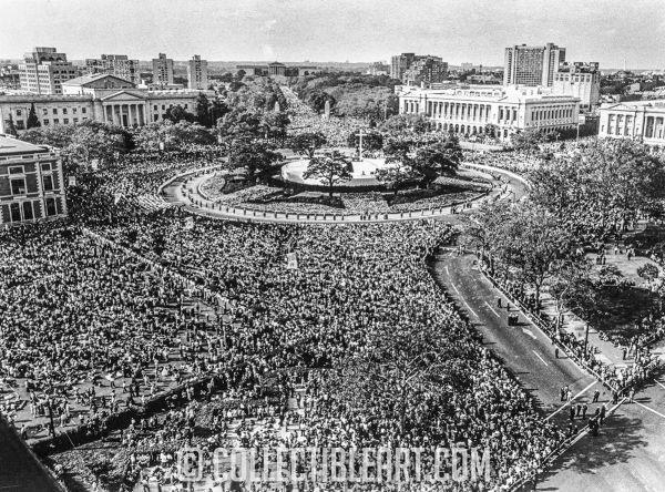 Logan Square during Papal Visit, Philadelphia PA. USA, Cicra 1939