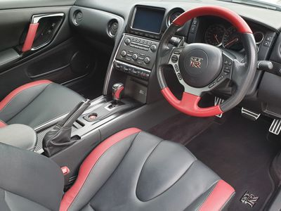 Nissan GTR Interior Valeting