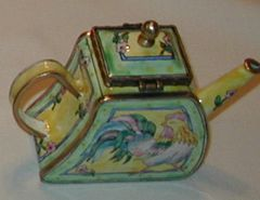 Enamel over copper painted tea pot Rooster
