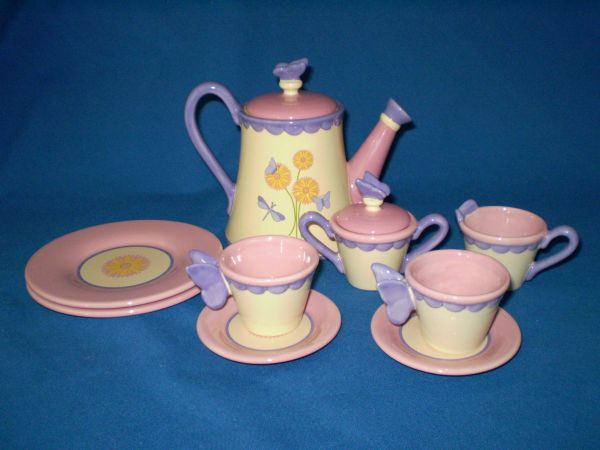 Beige and Pink tea set