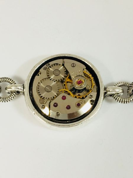 Petite Simple Round Movement Bracelet