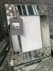 Stunning square mirror design photo frame 4x6