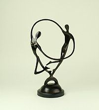 Danza Dancing Lovers Sculpture