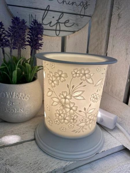 WHITE CERAMIC FLOWER ELECTRIC BURNER