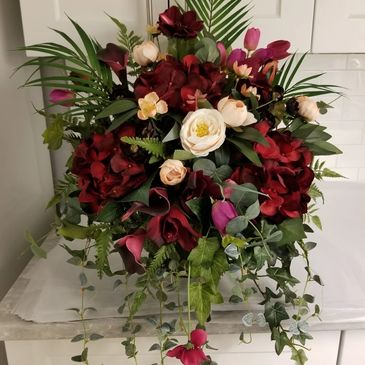 All of your wedding flower needs. Bouquets, boutonnieres, corsages,  ceremony decor and centerpieces