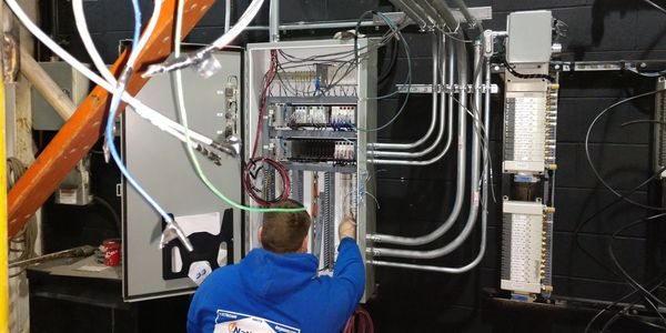 electricians in dearborn heights, mi.