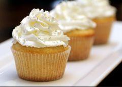 Cupcakes (6 count) - Vanilla