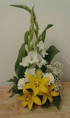 White & Yellow vertical flower arrangement
