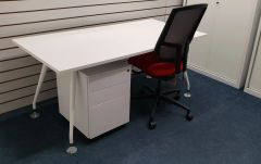 Quality Designer Desking / Artic White / Inc Sven Christiansen Modular Pedestal & Boss Design Felix Chair