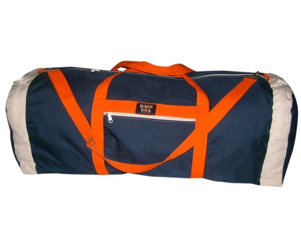 Extra large bag with straight opening and two end compartment.