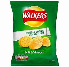 Walkers Salt & Vinegar Crisps (32.5g)