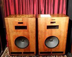 Vintage 1976 Klipsch Cornwall CD-BR Speakers RARE Local Pick Up Aurora IL 60503
