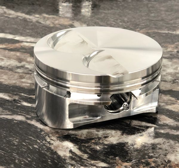 Diamond 8.2 Deck Pistons