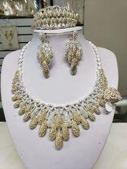 AMERICAN DIAMOND SET-100