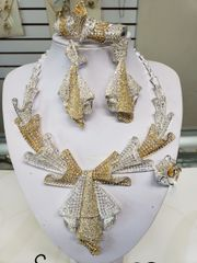 AMERICAN DIAMOND SET-97