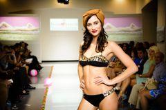 G2046 - Bikini - Shiny Bandeau Jungle Print and Panther Black