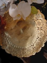 """Gold & Silver Foil Doilies 8.5"""" Round"""